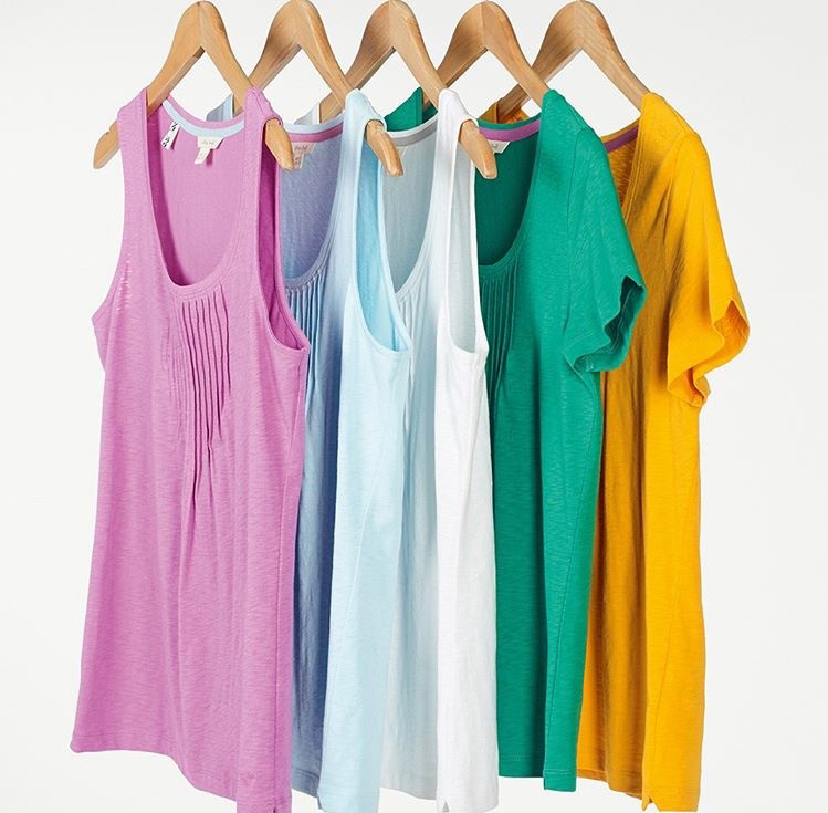 ladies tops on hangers